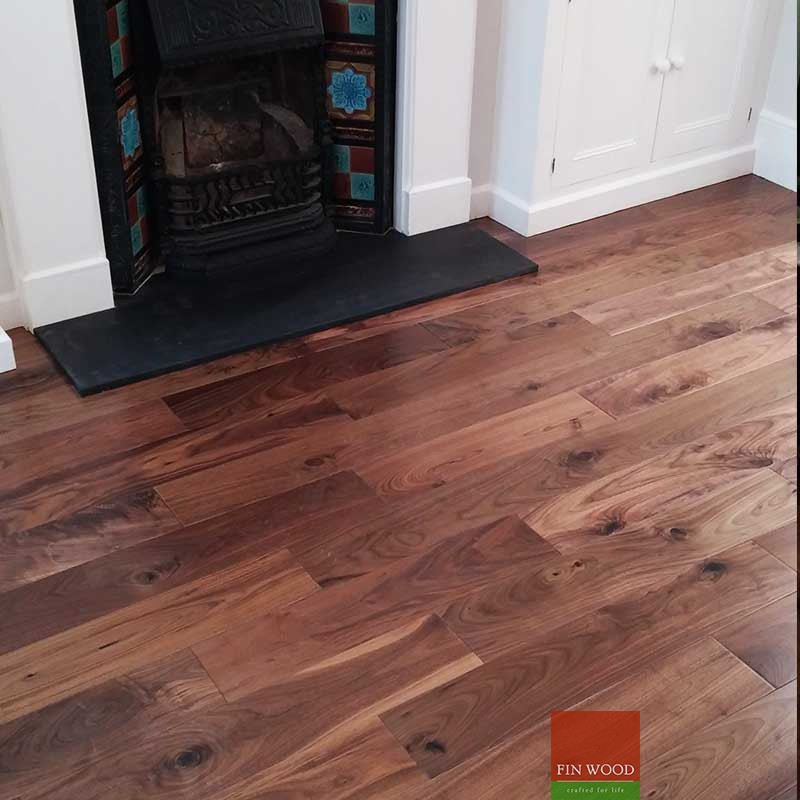 Fitting engineered boards - Dark coloured