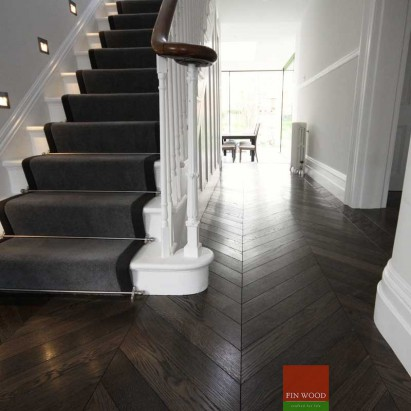 Fitting chevron engineered parquet floor - Chevron pattern