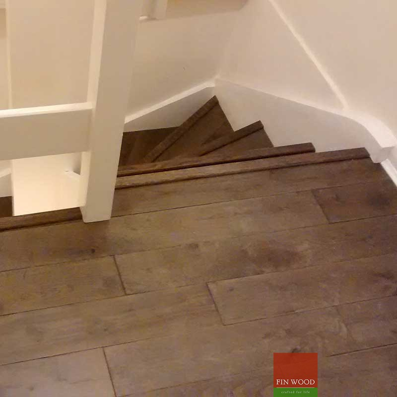 Fitting Smoked Oak Wood Floors