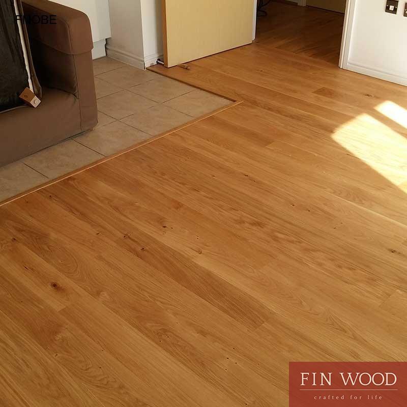 Fitting narrow oak boards engineered