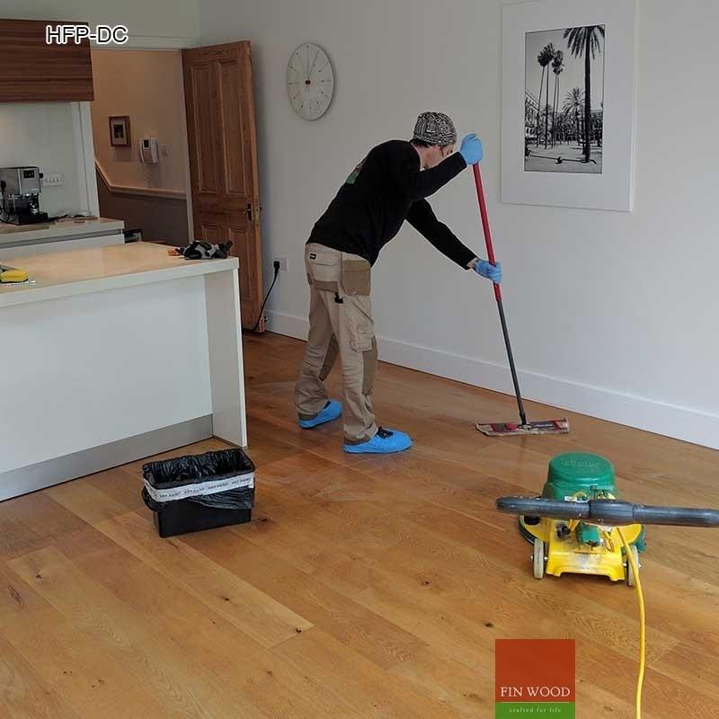 Hardwood floor professional deep cleaning scrubbing for Hardwood floor maintenance