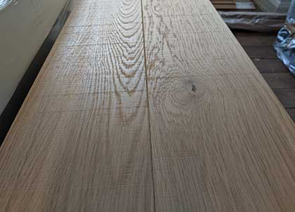 The markings on the band sawn oak floor
