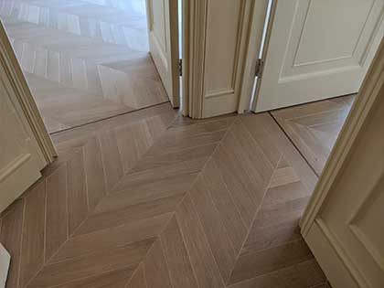 Timeless Oak Chevron adds classic stile to luxury Mayfair Mansion apartment, W1K #CraftedForLife