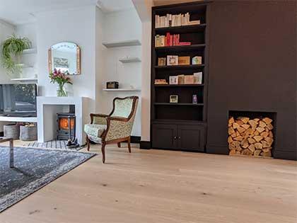 Pre-finished random length engineered oak boards in the living room #CraftedForLife
