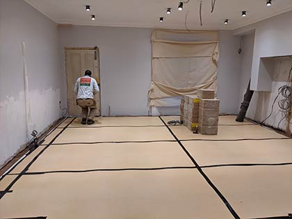 We used plenty of protective layers to protect the floor from ongoing building work #CraftedForLife
