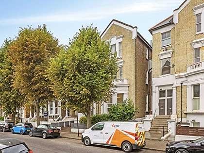 Victorian mansion flat in Clapham #CraftedForLife