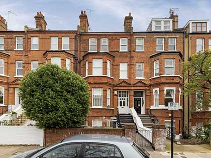 Charming large Victorian terrace in West Hampstead